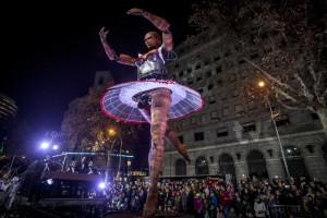 2016-plaza-catalunya-ballarina
