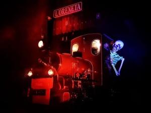 2018-halloween-tren-2